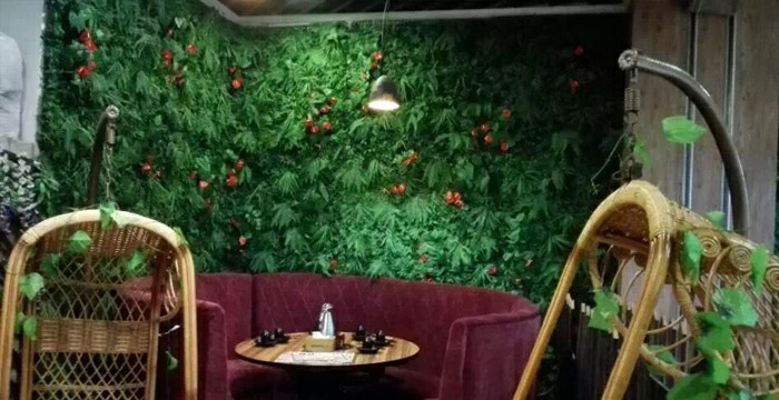 liven up interiors with artificial green wall panels