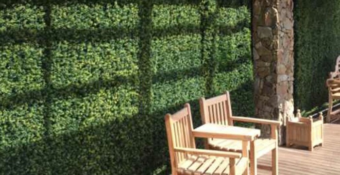 Make the Facade Stunning with DIY Faux Hedge Walls